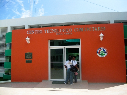 "part of the government funded facility in ""Los Botaos"" where Caminante has a homework room."